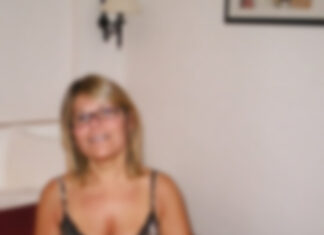 Clarisse maman au foyer, Villeneuve-sur-Lot