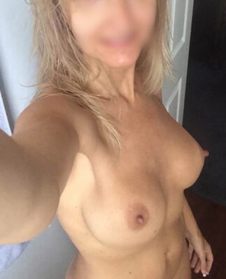Maman chaude brouter chatte Clermont Ferrand